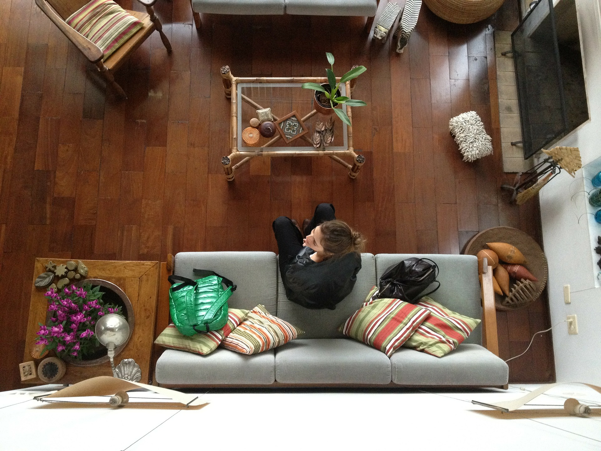 Neomezujte se prostorem. Jak vykouzlit nádherný byt z 24 m2?