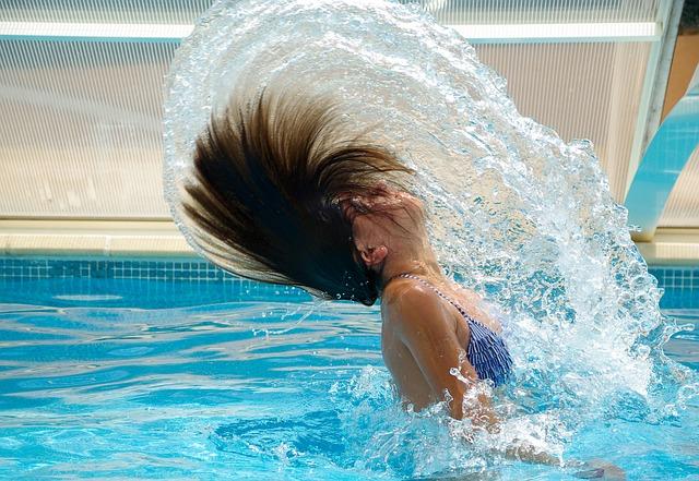 Teplejší voda i v chladnějším počasí