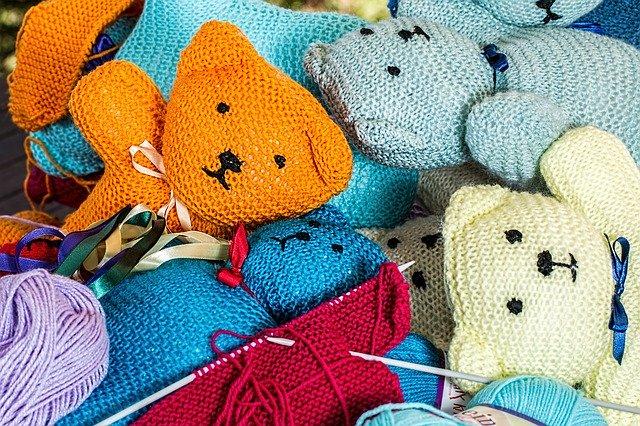 Pletené hračky jsou dobře udržovatelé